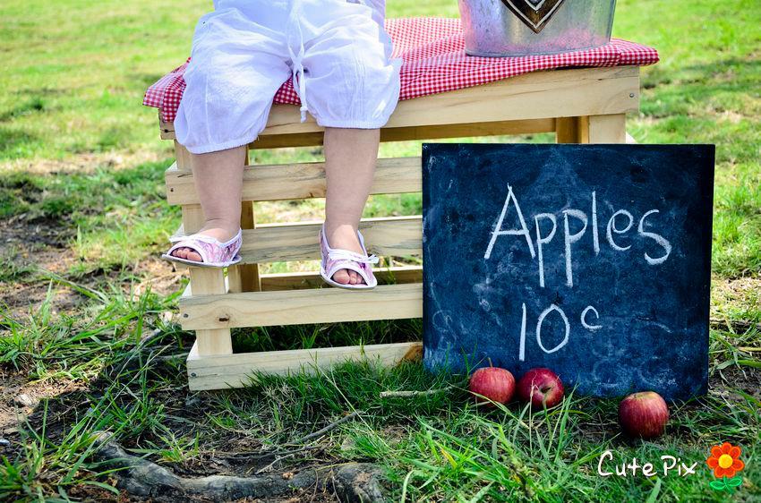 Apples themed kiddies shoot
